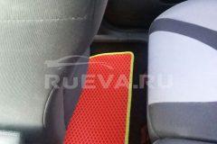Ford_Focus_3_RuEVA_avtokovriki_2