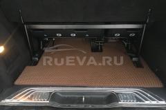 Mercedes-Benz_Vito_RuEVA_avtokovriki_2