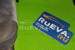 Nissan_Skyline_R34_ruEVA_avtokovriki_2
