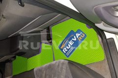 Nissan_Skyline_R34_ruEVA_avtokovriki_4